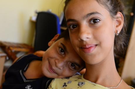 Aldeas Infantiles SOS ayuda a mejorar la convivencia entre hermanos durante el confinamiento