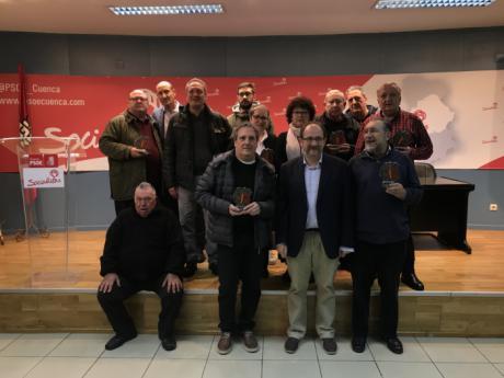La Agrupación Socialista conmemora el 40 Aniversario de la Constitución reconociendo a quienes militaban en el PSOE de Cuenca en 1978