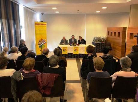 El Ayuntamiento rinde homenaje a 35 voluntarios por su trabajo en el Día Internacional del Voluntariado