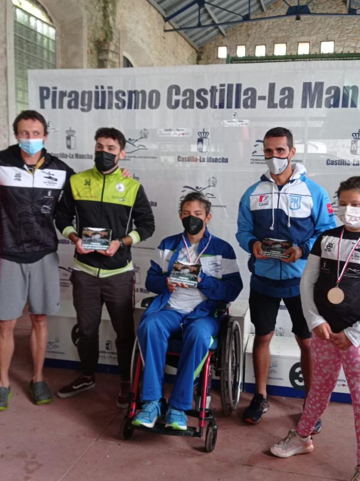 El Club Piragüismo Cuenca con Carácter consigue una lluvia de metales en el III Trofeo Puente Romano