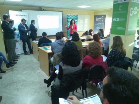 ACEM reúne a cerca de cincuenta empresarios en la jornada adelante inversión celebrada en Iniesta