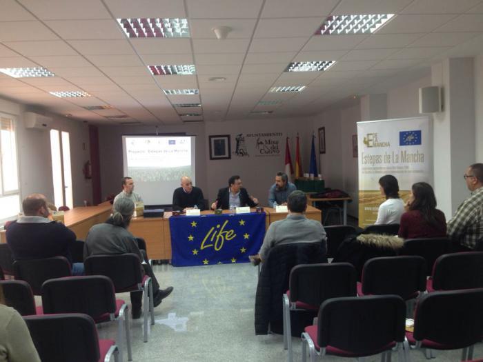 """El Ayuntamiento de Mota del Cuervo celebró la reunión anual del Comité de seguimiento del Proyecto LIFE """"Estepas De La Mancha"""""""