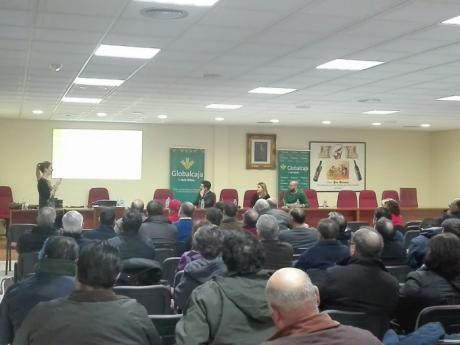 Globalcaja organiza un amplio calendario de jornadas informativas en la región, sobre las novedades en la reconversión y reestructuración del viñedo