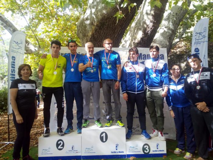 El Club de Piragüismo 'Las Grajas' en el Trofeo Puente Romano de Sacedón