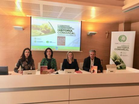 Las Profesoras Laura Lara y María Lara en Valencia, en el V Congreso Universitario de Historia Comarcal