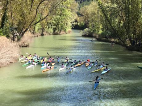 """Las aguas del río Júcar acogieron la XII edición del """"Trofeo de Piragüismo Diputación de Cuenca"""""""