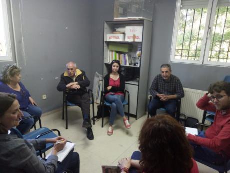 El candidato de Izquierda Unida, Pablo García, se reúne con la Asociación de Vecinos de los Tiradores Altos