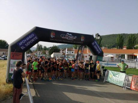 Arantxa Martínez y Javier Triguero se imponen en la Media Maratón de San Felipe