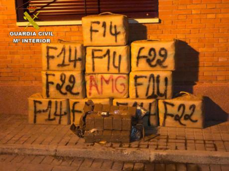 La Guardia Civil incauta 400 kilos de hachís en la autovía A-4