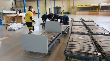 Globalcaja dona 40 camas al Hospital Universitario de Albacete