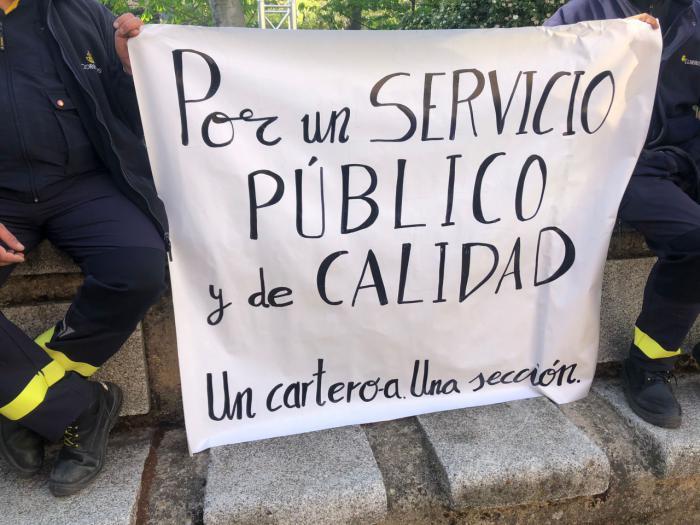 Los trabajadores de Correos se movilizan para exigir más personal en Cuenca