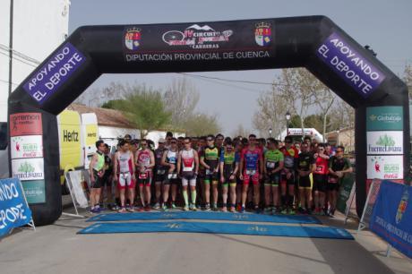 Antonio Cerezo y Coral Torrijos se imponen en Mota en el estreno del IV Circuito de Duatlón y Carreras por Montaña