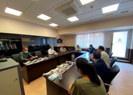 El Colegio de Médicos de Cuenca se reunió ayer con el Partido Popular