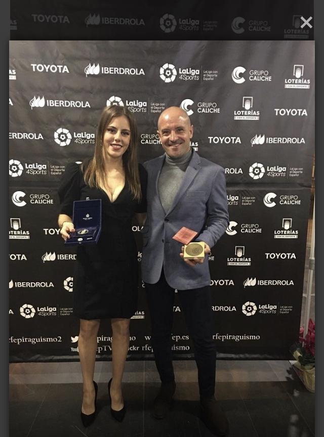 Arantza recibía el galardón de manos de Alejandro Blanco Bravo, Presidente del Comité Olímpico Español.