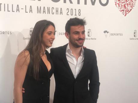 Celia Toledo y Víctor Pardo del Club Piragüismo Cuenca con Carácter galardonados en la Gala del Deporte de la Junta