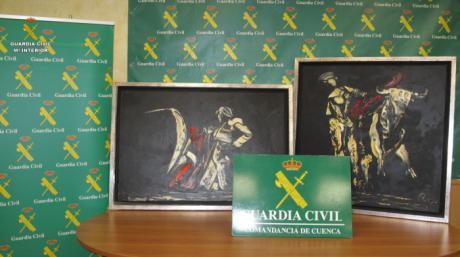 Recuperados dos cuadros sustraídos del pintor Remy J. López