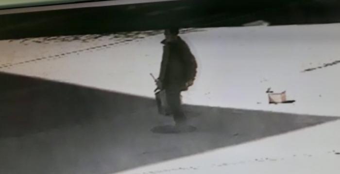 Identificado un hombre que portaba una arma simulada en pleno centro