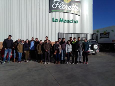 """Jóvenes de La Manchuela despiertan su espíritu empresarial con """"Aprende a emprender"""""""