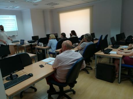 ACESANC acoge una jornada para formar a los empresarios en Marketing on-line y redes sociales
