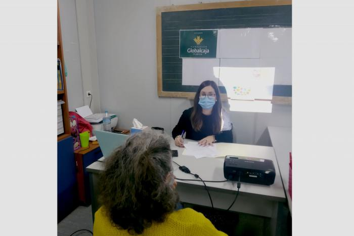 La Fundación Globalcaja Cuenca colabora con la Asociación Social-4 en los programas Escuela Salud y Cuida-2