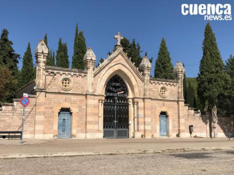 Se refuerza el servicio de autobuses al Cementerio por la celebración del Día de Todos los Santos