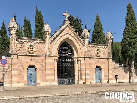 """Refuerzo del servicio de autobuses para el cementerio """"Cristo del Perdón"""" con motivo de la festividad de Todos los Santos"""
