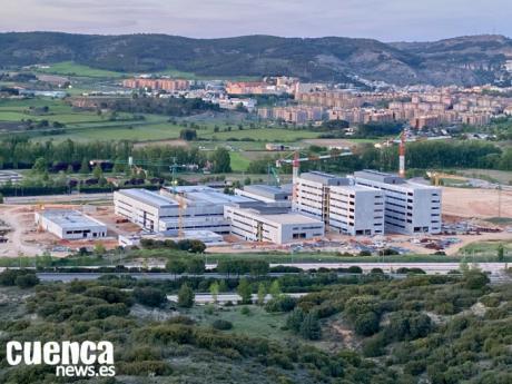 """García-Page: """"El nuevo hospital va a ser un pretexto extraordinario para cambiar el mapa de la ciudad y permitir su expansión"""""""