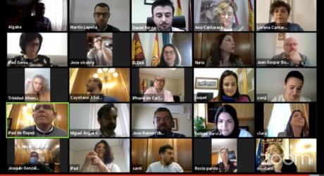 Martínez Chana alaba el trabajo de voluntarios, sanitarios y personal de la Diputación y anuncia un homenaje a todos ellos