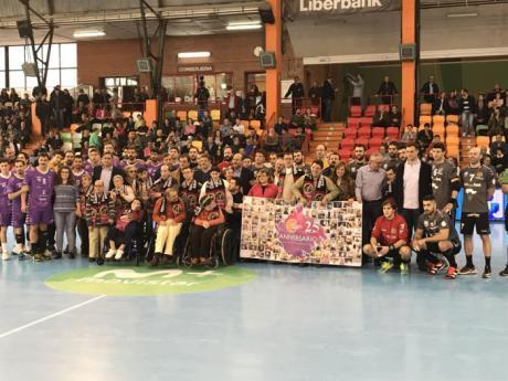 La Junta muestra su apoyo a los dos equipos castellano-manchegos en Liga Asobal en el derby jugado en Cuenca