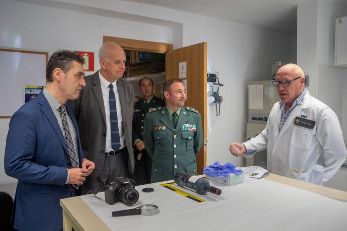 Tierraseca felicita personalmente a los efectivos de Policía Nacional y Guardia Civil de la provincia de Cuenca por la gran labor que desempeñan
