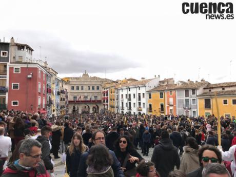 Detenida una persona por varios hurtos en la Plaza Mayor durante el Domingo de Ramos
