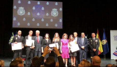 Lorena Mayordomo, de Onda Cero Cuenca, Premio de la Policía Nacional en radio