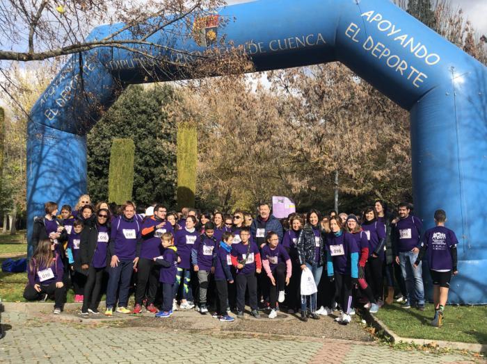 Más de 600 personas han participado en la I Marcha Solidaria 'Juntos contra la violencia de género'