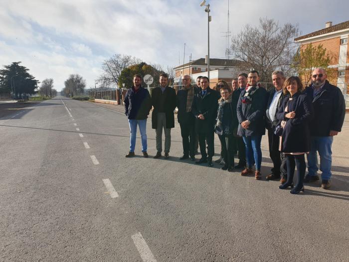 Inauguradas las obras en la carretera CUV-8306 que une la N-310 en Sisante con la provincia de Albacete
