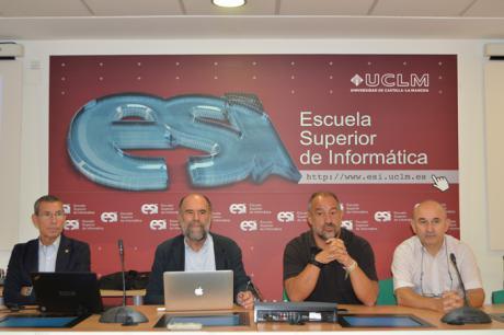 Investigadores del área TIC de la UCLM conocen la nueva convocatoria de proyectos nacionales que se publicará este mes