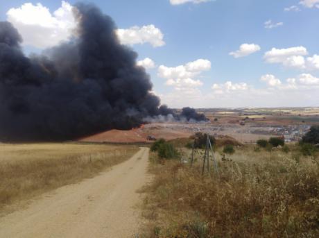 El PP exige a Martínez Chana responsabilidades por el incendio de la planta de reciclaje de residuos de Almonacid del Marquesado,
