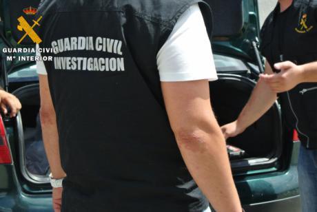 La Guardia Civil ha detenido a cuatro personas por robar prendas de vestir valoradas en 12.000€