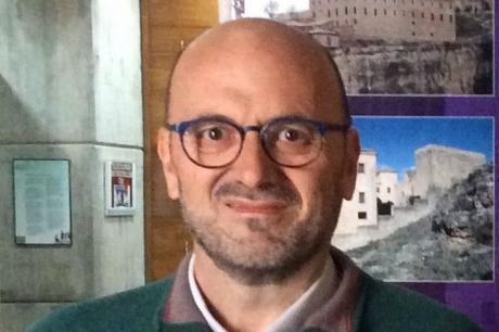 El historiador Jesús López Requena ingresa este martes en la RACAL