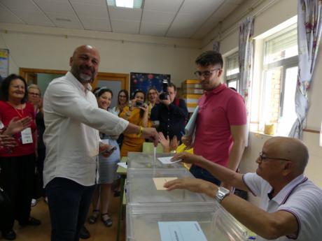 """García Molina: """"Espero y deseo que la gente vote para que Castilla-La Mancha siga contando con un gobierno de progreso""""."""