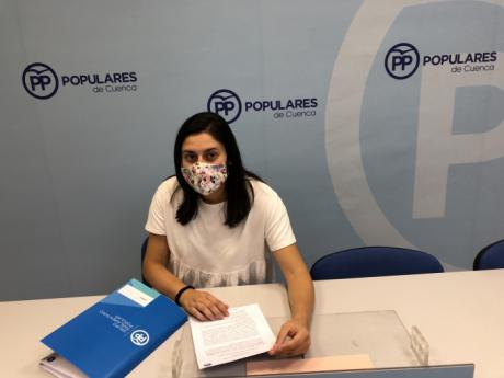 Jiménez pide a Page una línea de ayudas para conciliar vida familiar y laboral si los padres y madres tienen que quedarse en casa con sus hijos