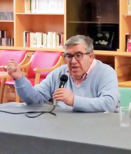 La Asociación de la Prensa otorga el Premio a la Trayectoria Periodística a José Vicente Ávila