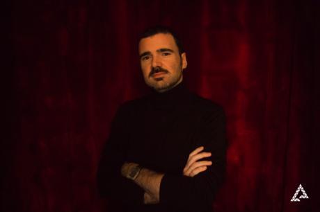 El poeta Julio Béjar, ganador del XI Premio de Poesía 'Federico Muelas'
