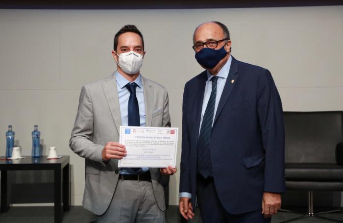 El director ejecutivo de la Unidad de Control Interno de la UCLM recibe el Premio Ferrán Termes 2021