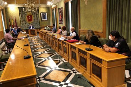 El Ayuntamiento se reunirá la semana que viene con las entidades relacionadas con San Mateo para tomar una decisión