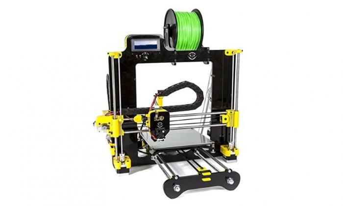 Se pide a los centros educativos que tengan impresoras 3-D que colaboren para elaborar material de protección ante el COVID-19