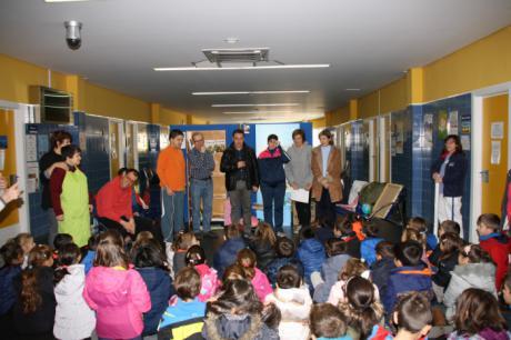 """El Centro de Salud """"Cuenca II"""" incorpora un nuevo punto de lectura gracias al programa """"Libros que curan"""" de la Biblioteca Solidaria"""