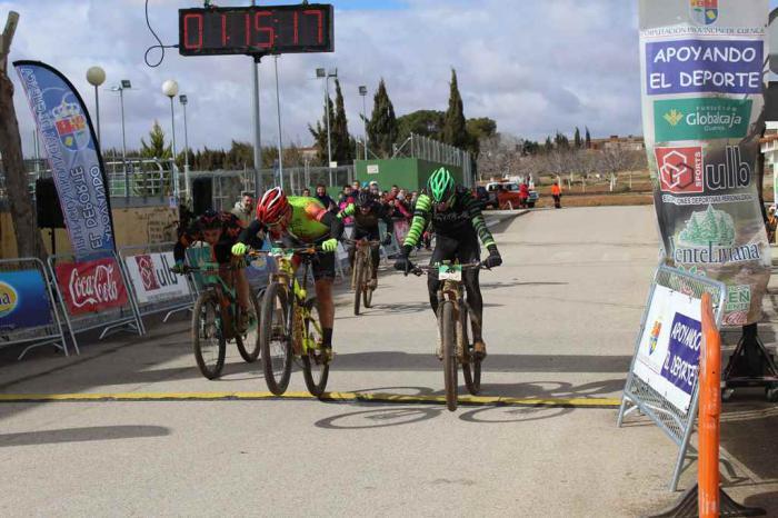 Iván Ruiz y Carla Fernández ganan en Quintanar del Rey en el estreno del XI Circuito de MTB Diputación de Cuenca