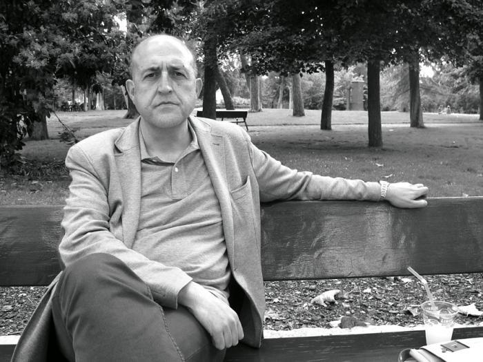 En imagen el profesor Ángel Luis López Villaverde