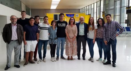 Alumnos de Caminos de la Universidad de Castilla-La Mancha visitan las instalaciones del aeropuerto de Ciudad Real