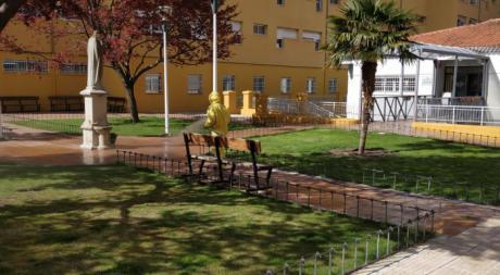 El servicio de Mantenimiento de Diputación desinfecta los edificios provinciales para luchar contra el Covid-19